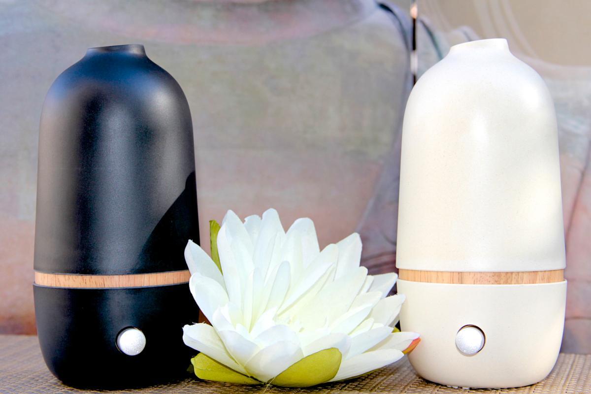diffuseur d 39 huiles essentielles par n bulisation ona noir. Black Bedroom Furniture Sets. Home Design Ideas