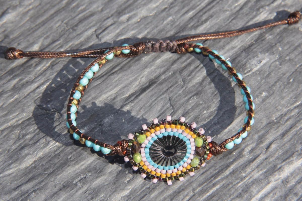 Bracelet d\u0027amitié Hippie Flower