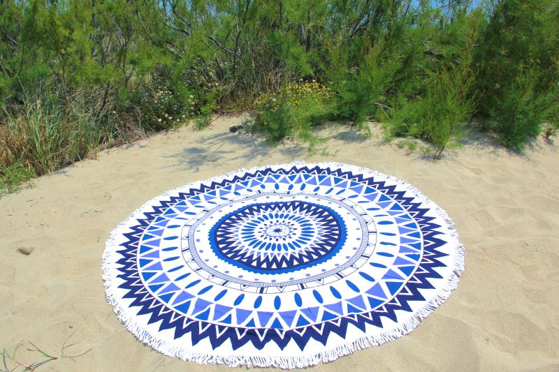 serviette de plage ronde mandala bleu tendances du monde. Black Bedroom Furniture Sets. Home Design Ideas