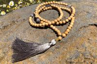 Collier mala perle de bois naturel